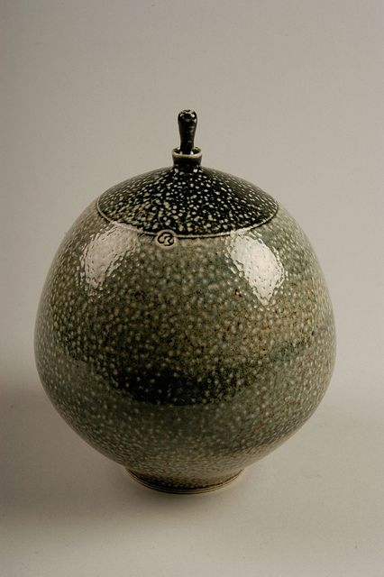 Best 100 American Studio Pottery Identification Marks