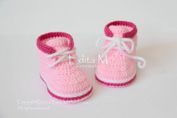 Crochet Patucos de bebé zapatos de bebé botas por EditaMHANDMADE