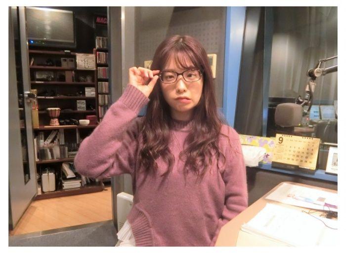 メガネをかけた斉藤優里さん