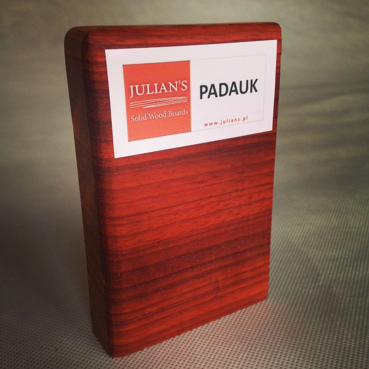PADAUK wood sample