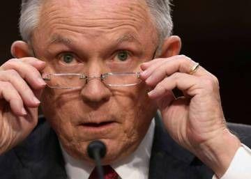 """El fiscal general de EEUU considera una """"mentira abominable y detestable"""" su implicación en la trama rusa"""