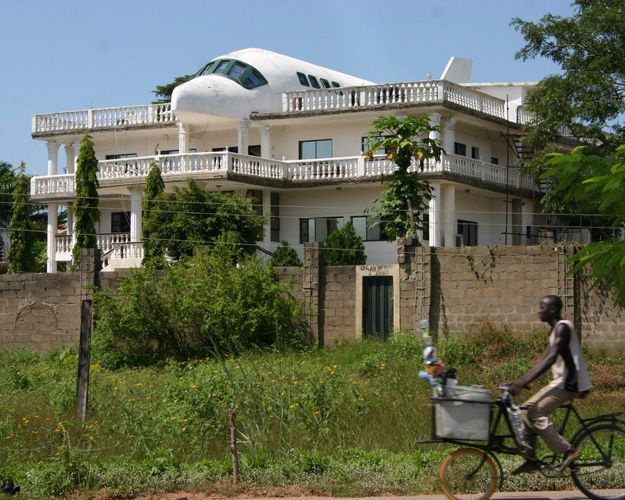 airplane house in abuja nigeria that 39 s an odd house