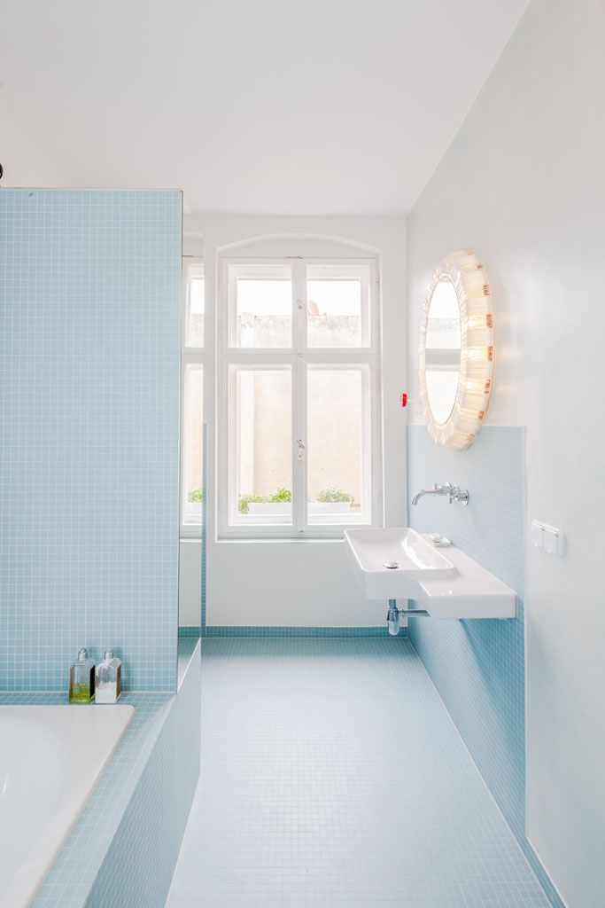 les 25 meilleures id es de la cat gorie salles de bains bleu vert sur pinterest. Black Bedroom Furniture Sets. Home Design Ideas