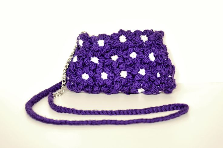 Puff flower crochet bag