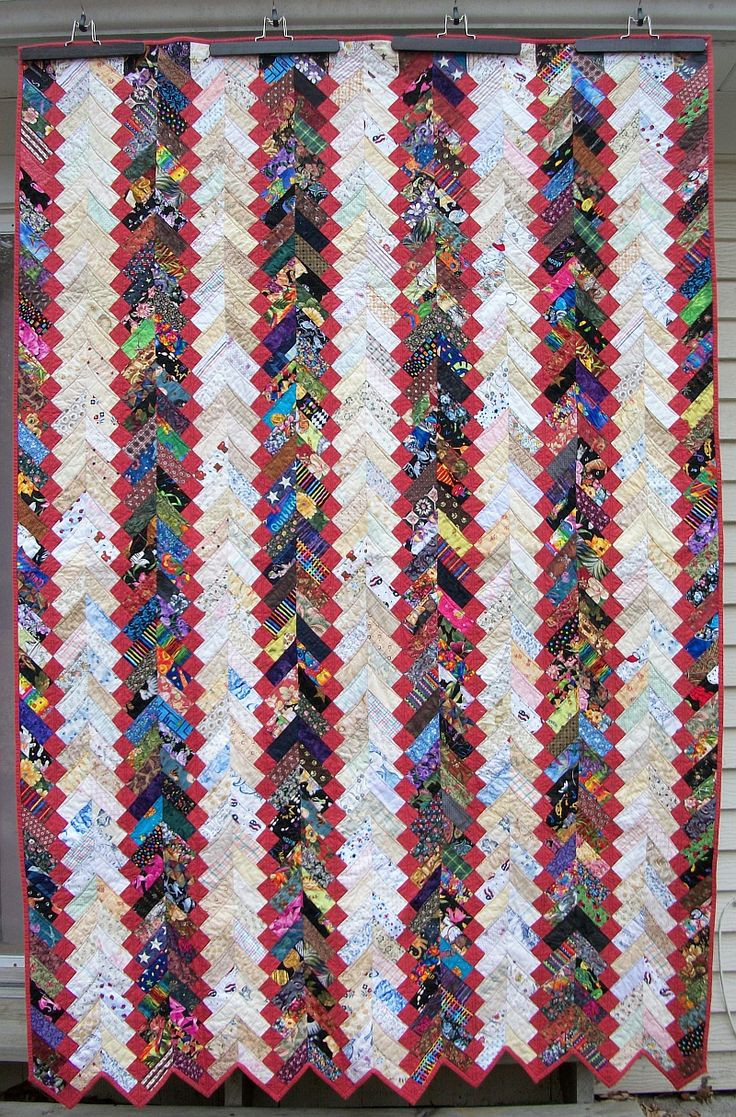 Texas Braid quilt by knitnoid. From a pattern in the 'Leaders and Enders'