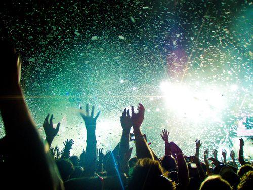 .. concert ..