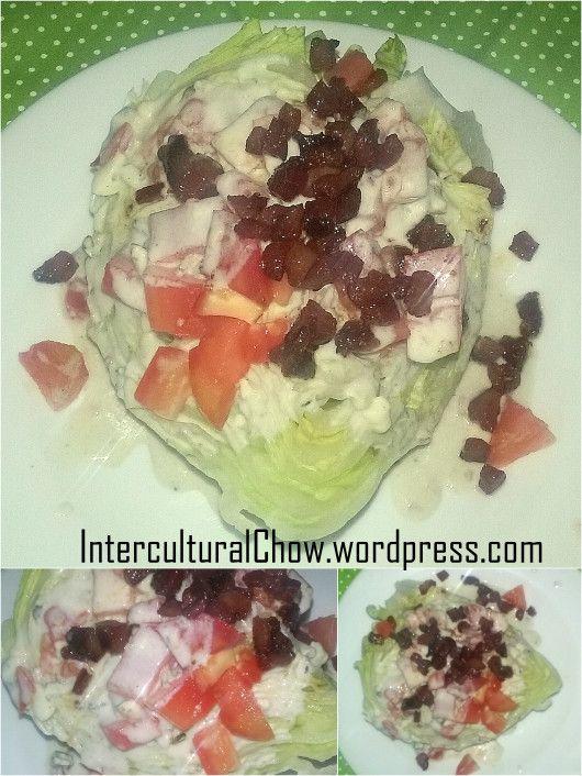 Blu cheese wedge salad / Salada wedge com  molho gorgonzola