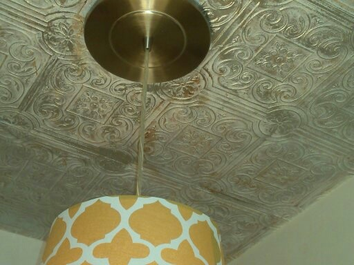Quot Tin Quot Ceiling Is Anaglypta Wallpaper That Is Painted And