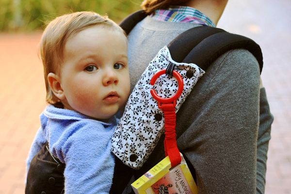 how to put a baby in an ergo carrier