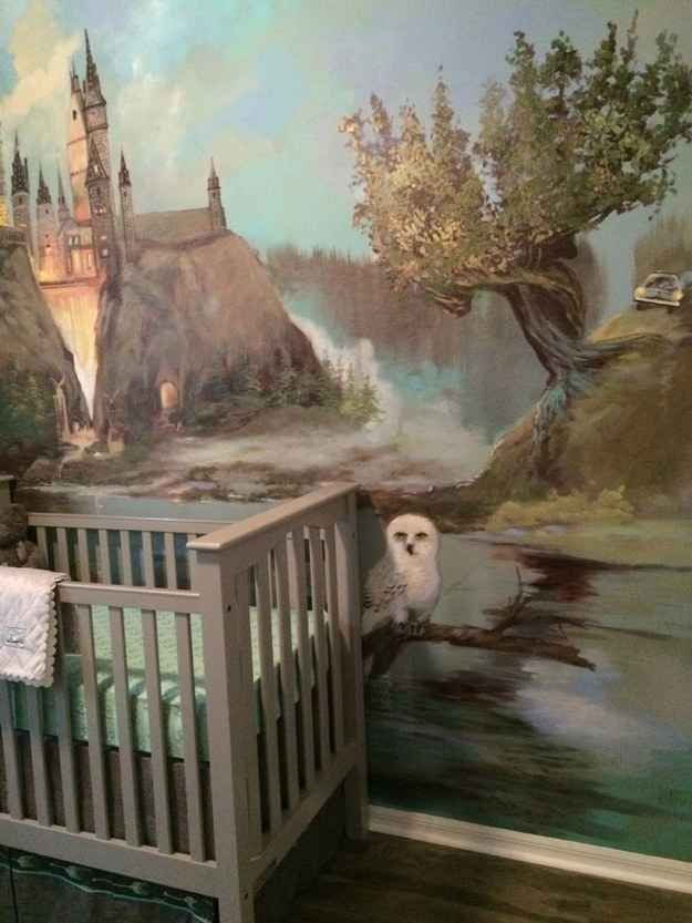 um...WOW! this is amazing! 27 Ways To Create The Perfect Harry Potter Nursery