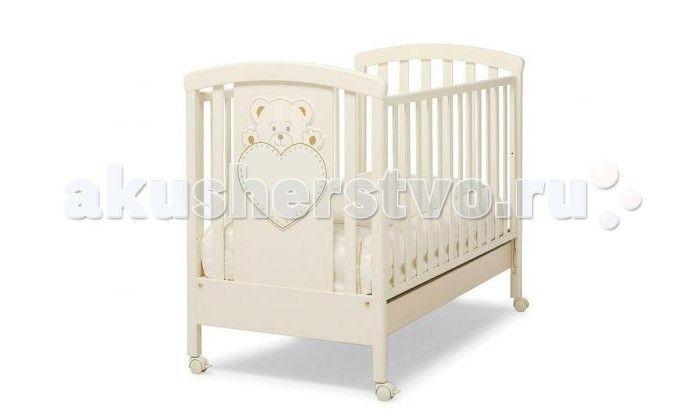 Детская кроватка Erbesi Lulu  Детская кроватка Erbesi Lulu  – новая линейка кроватей для новорожденных, отличающаяся высоким качеством используемых материалов. Стильная и изящная, она обеспечит малышу крепкий и здоровый сон, а ее элегантный дизайн с элементами кристаллов Swarovski наполнит комнату атмосферой уюта и тепла.  Особенности: материалы: бук; лаки, краски – нетоксичные, гипоаллергенные высокие и безопасные боковины, регулируемые по высоте. Безопасное расстояние между ламелями…