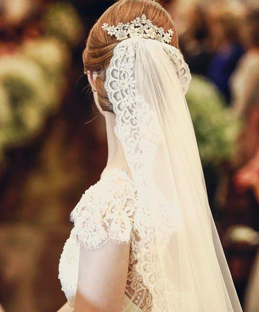 Véu de noiva estilo casamento de princesa. Foto: Pó de Arroz.