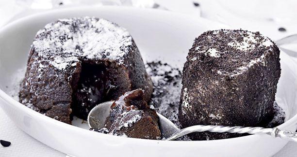 Elsker du chokolade så er denne opskrift på chokolade fondant lige noget for dig. Intet mindre end den perfekte dessert
