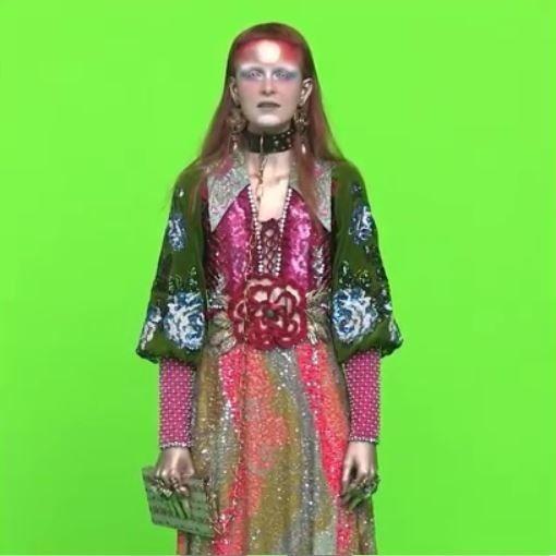 La nueva campaña de Gucci  nos muestra una extraña moda  alienigena a tráves de Instagram