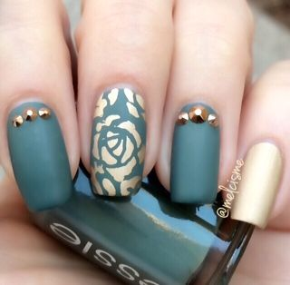Abstract Roses #Bnails #bnailshereford #bnailsdasalon #creative #design…