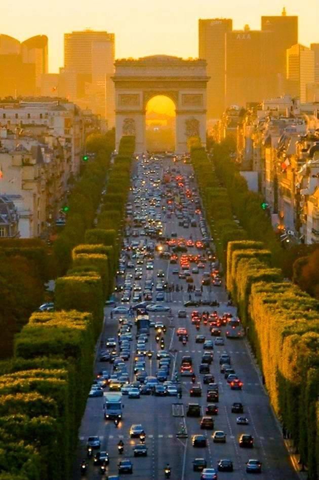 GoogleEarthPics: Paris Champs Elysees #EarthPics ...