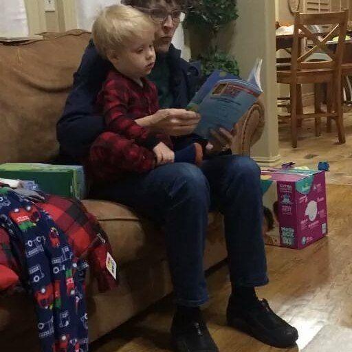He love read book with his grandma cathy #dericklovejilldillard #derickdillard #jillmdillard #israeldaviddillard #babydilly2 #thedillardsfamily #cathydillardbyrum