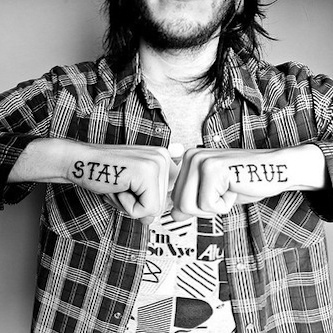 STAY TRUE. Tathunting for typographic tattoos