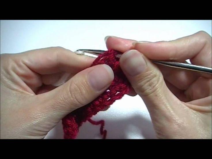 http://www.handwerkles.nl Leer wisselen van kleur in haakwerk. In recht en rond haken. Op iedere plek in een haakwerk.