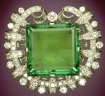 Hooker Emerald Brooch at the Smithsonian Institution The Hooker Emerald is a 75.47-carat, square emerald-cut gemstone with a large table, good color, clarity and transparency. The color of the stone appears to be a deep grass-green color, characteristic of emeralds originating from the Muzo mines of Colombia.