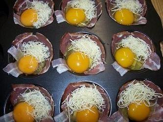 Sonkás - szalonnás tojás muffin - Andi konyhája - Sütemény és ételreceptek képekkel