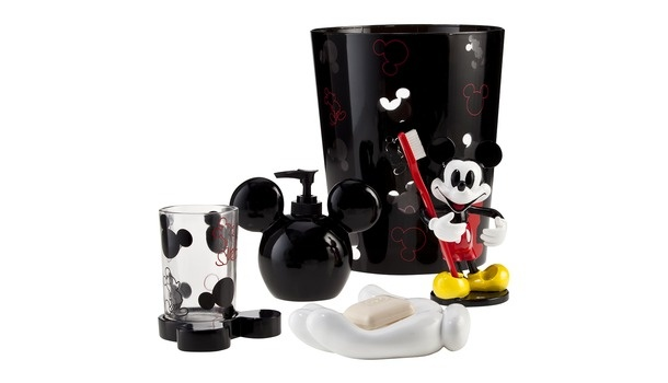 17 Best images about Disney Decore on Pinterest  Disney, Bubble baths ...
