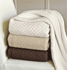 With the Outlast Wool Blanket, never wake up too hot or too cold.