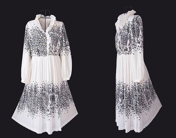 Vintage Tiger Dress // White Dress // Women Dress // by LPSNUG