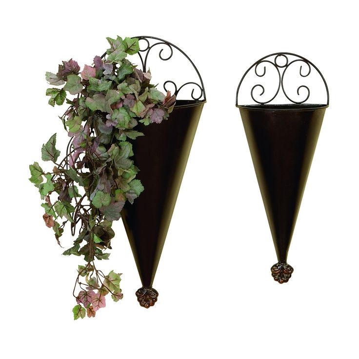Woodland Imports 41765 Metal Wall Planter Portable Plantation Decor - Set of 2