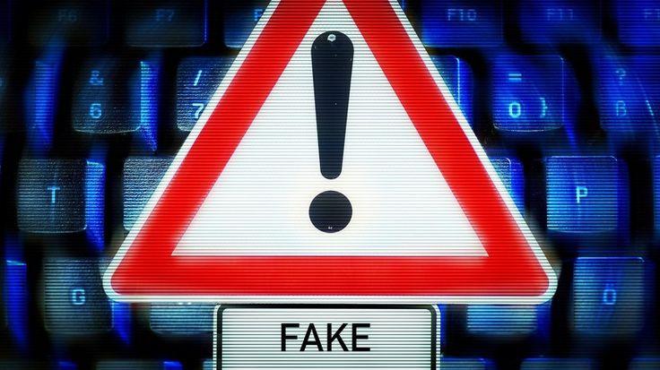 Der ehemalige Tagesschau-Redakteur Volker Bräutigam und Friedhelm Klinkhammer, Ex-Vorsitzender des ver.di-Betriebsverbandes NDR, haben Programmbeschwerde wegen Fake-News im ARD-Faktenfinder eingereicht. RT Deutsch dokumentiert die Beschwerde im Wortlaut.