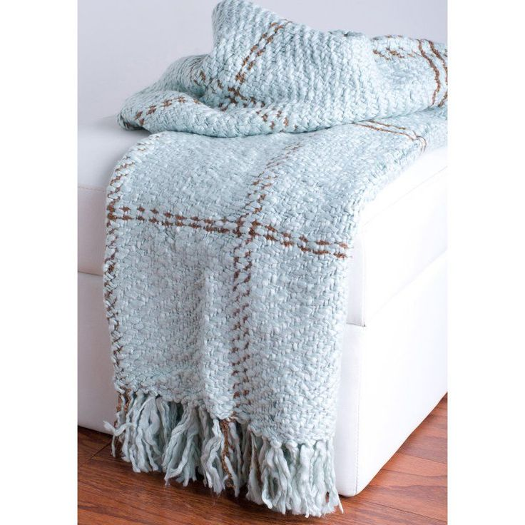 Rizzy Home Loom Woven Plaid Luxury Throw Blanket - TH0081