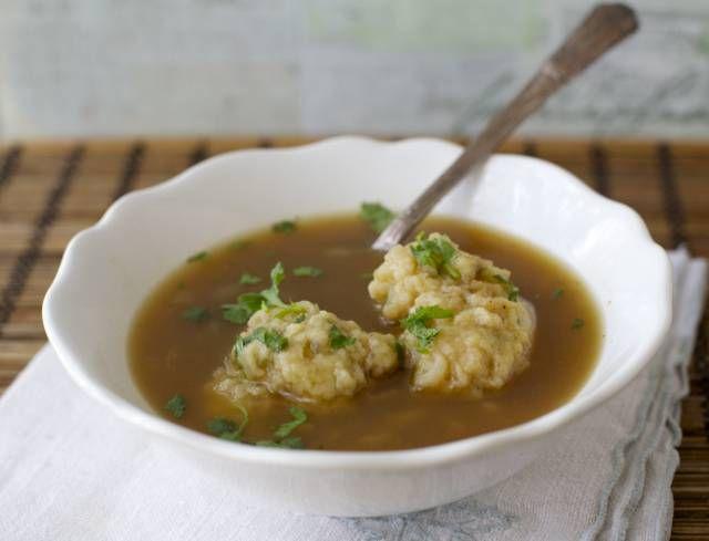 Los machos ahogados o sopones son de las sopas mas antiguas en Chile, muy economica y reconfortante, un clásico del invierno.