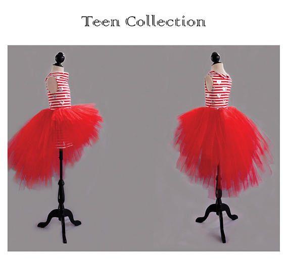 Tutú rojo o negro asimétrico para chica joven. Vestido de tul para adolescente. Traje con tutú para chicas. Falda de tul asimétrica juvenil.