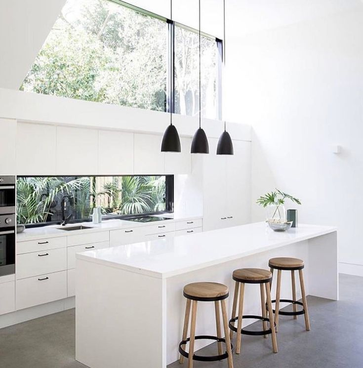 """733 Likes, 12 Comments - Steel Reveals... (@steel.reveals) on Instagram: """"Totally loving the windows in this kitchen by @architectprineas 💚"""""""