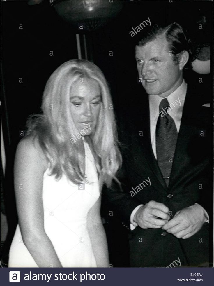 Download this stock image: Aug. 08, 1972 - Joan and Ted Kennedy at the ''Sign of the Dove'' party for RFK pro-celebrity tennis tournament players. - e10eaj from Alamy's library of millions of high resolution stock photos, illustrations and vectors.