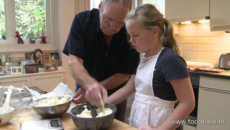 Cees Holtkamp maakt samen met kleindochter Stella een Moscovische tulband en legt hij uit waarom je die steeds minder bij de banketbakker treft.