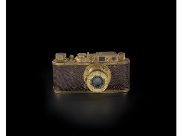 Dae @andre zielonka, vai participar do leilão? rsrsrsrs. Câmera Leica Luxus II deve se tornar a mais cara do mundo - Terra Brasil
