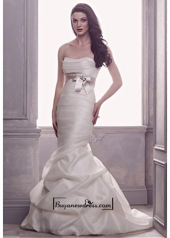 Alluring Satin Mermaid Sweetheart Neckline Natural Waistline Wedding Dress