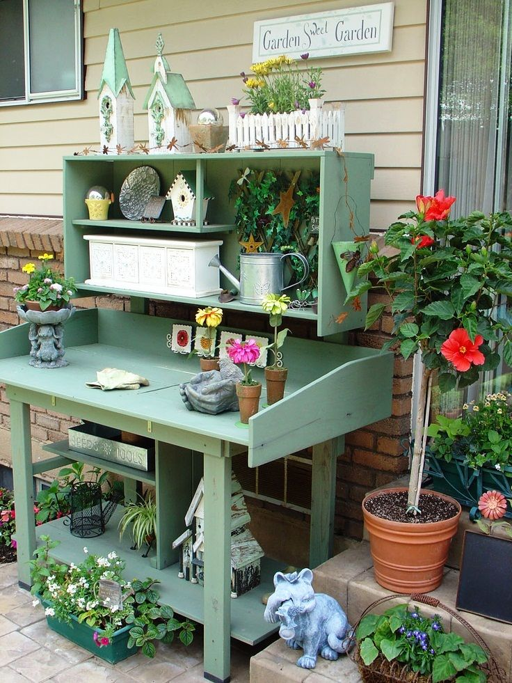 17 best images about fun funky gardens on pinterest gardens ladder and morning glories Potting bench ideas