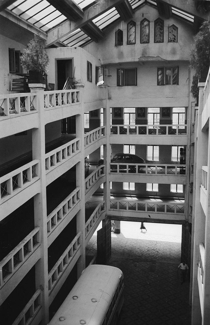 11 1956 garaj ciclop 06
