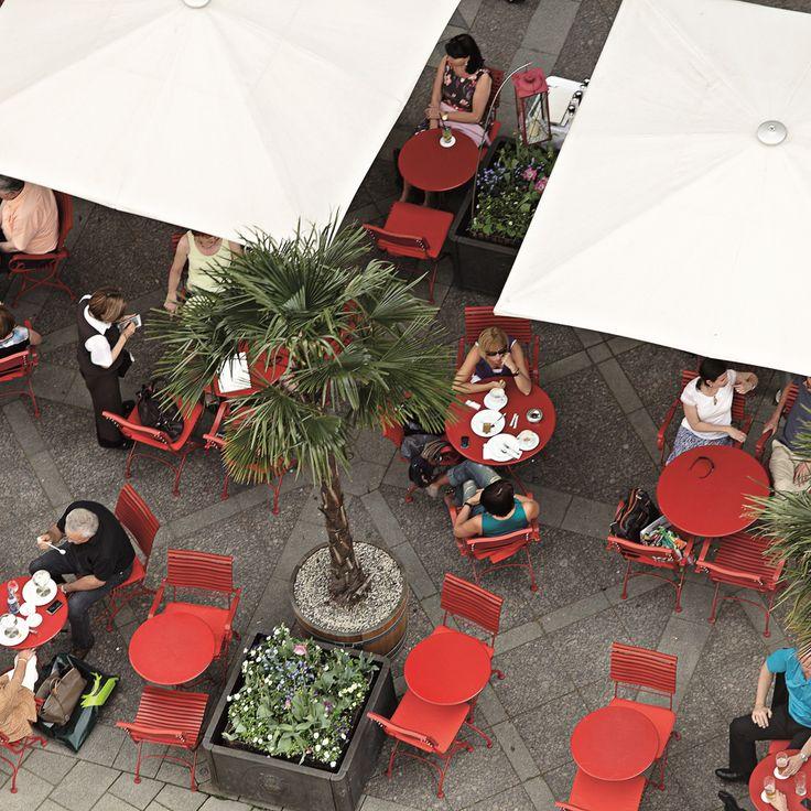 Kaffee unter Palmen mitten im Münchner Zentrum in Café Luitpold | creme münchen
