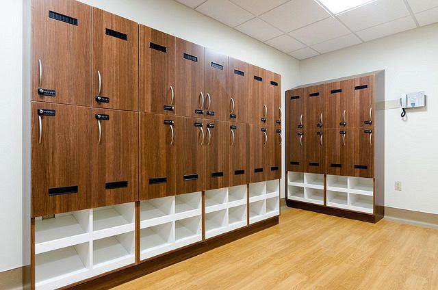 Taken: 2015-06-22 640px X 424px 1183px X 783px Keywords: Government, Healthcare, Lockers, Veteran Affairs, locker room, Millwork, Veneer © DIRTT — All rights reserved. ID 9856