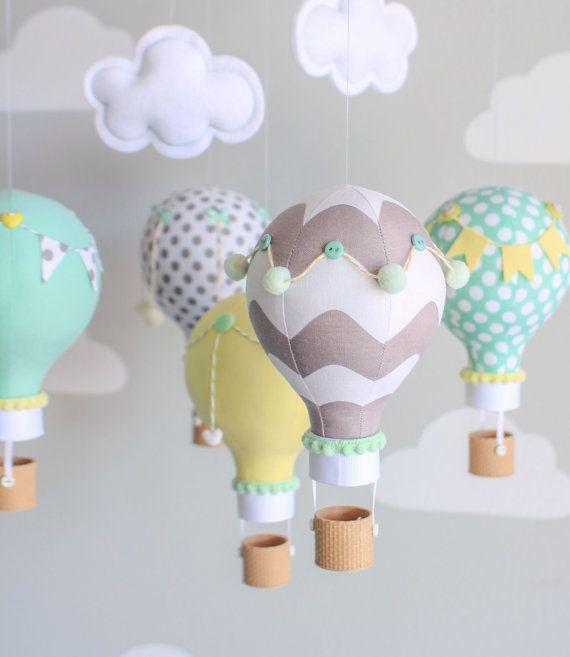UNA PASADA Género neutro bebé móvil globo aerostático