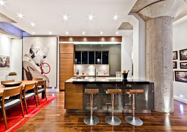 Un condo transform esprit loft d cormag modern house for Decoration interieur f2