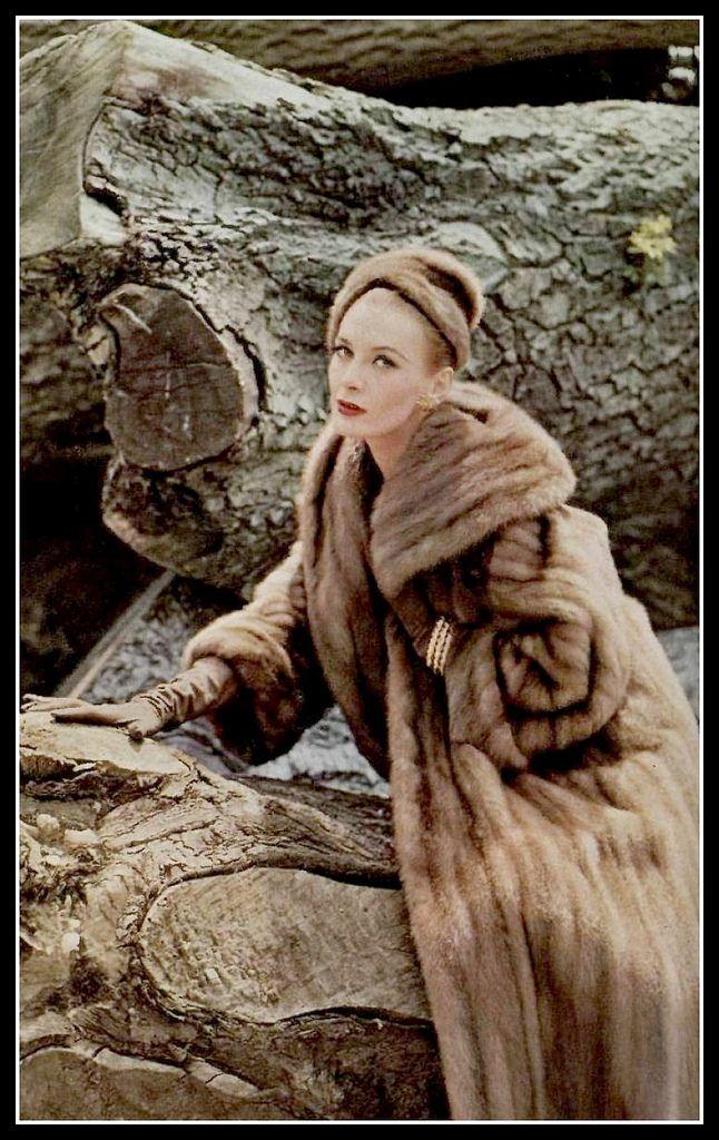 Model in Royal Pastel SAGA mink coat by Pierre Balmain, photo by Sante Forlano, 1955