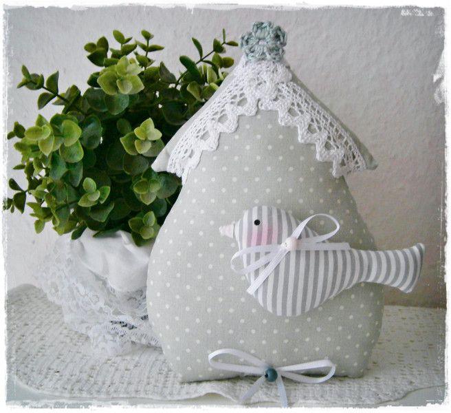 Vogelhaus im Landhaus-Stil*grau*Ostern*Shabby von Little Charmingbelle auf DaWanda.com