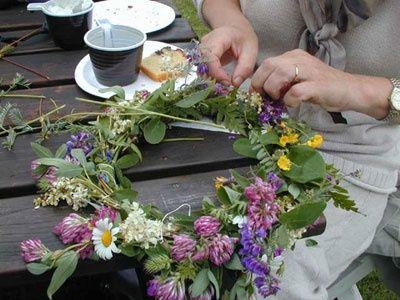 Midsommar - making flower wreaths from wildflowers