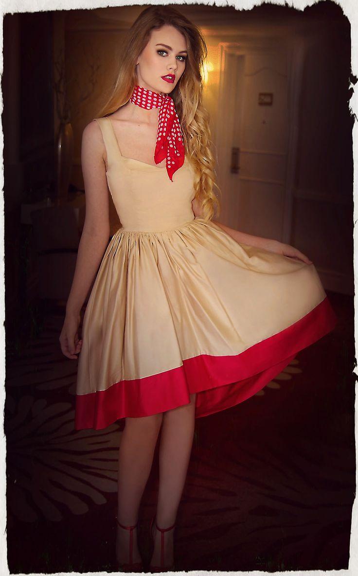 Scarlet Maxi Dress
