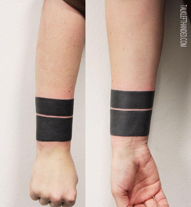 tattoo ringe am arm beliebtester schmuck. Black Bedroom Furniture Sets. Home Design Ideas