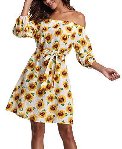 4ab0f2ae4 VESTIDO de GIRASOLES Vestido casual con estampa de girasoles. Las flores  amarillas recuerdan bastante el movimiento hippie y los años 70. T…